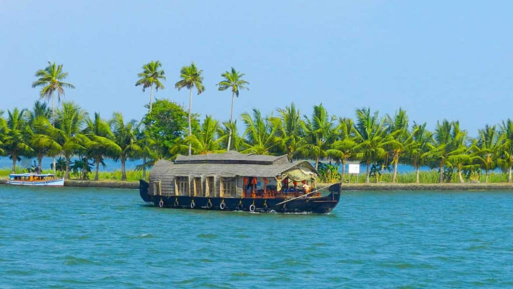 Honeymoon-destination-India-Kumarakom