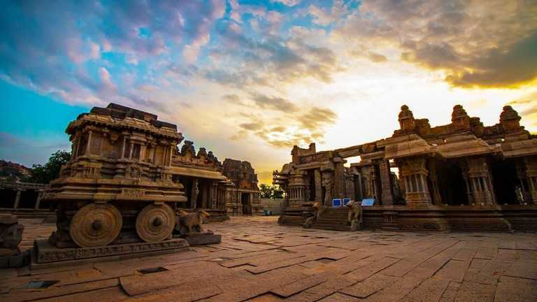 Honeymoon-destination-India-Hampi