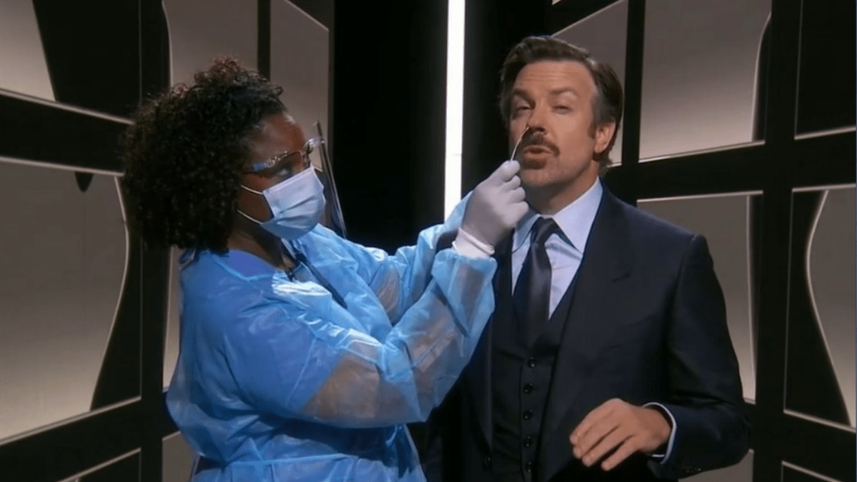 Jason Sudeikis Got COVID-19 Test On Stage At The Emmys