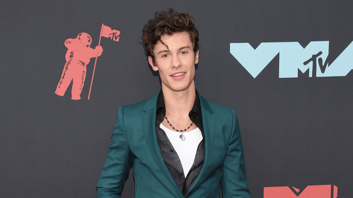 Shawn Mendes Makes History By Winning 5 Trophies At Canada's SOCAN Awards