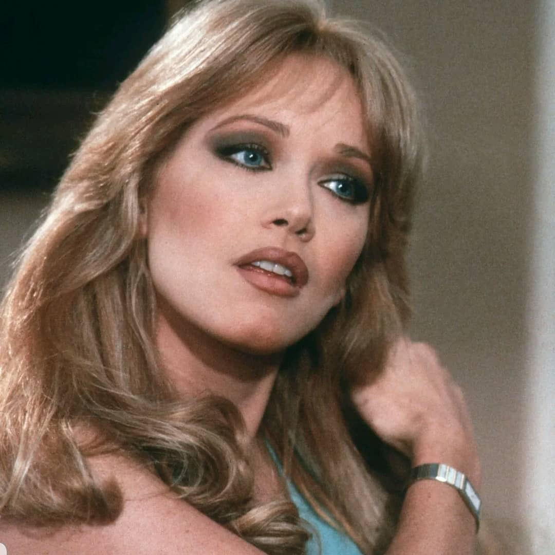 Tanya Roberts A.K.A 'The Bond Girl' And That '70s Show ...