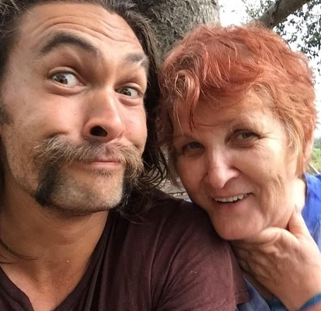 jason momoa mother